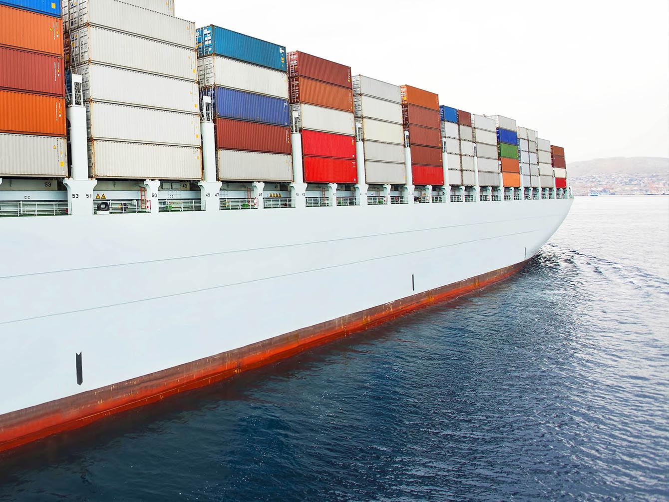 Comment faire face aux incertitudes actuelles du transport maritime